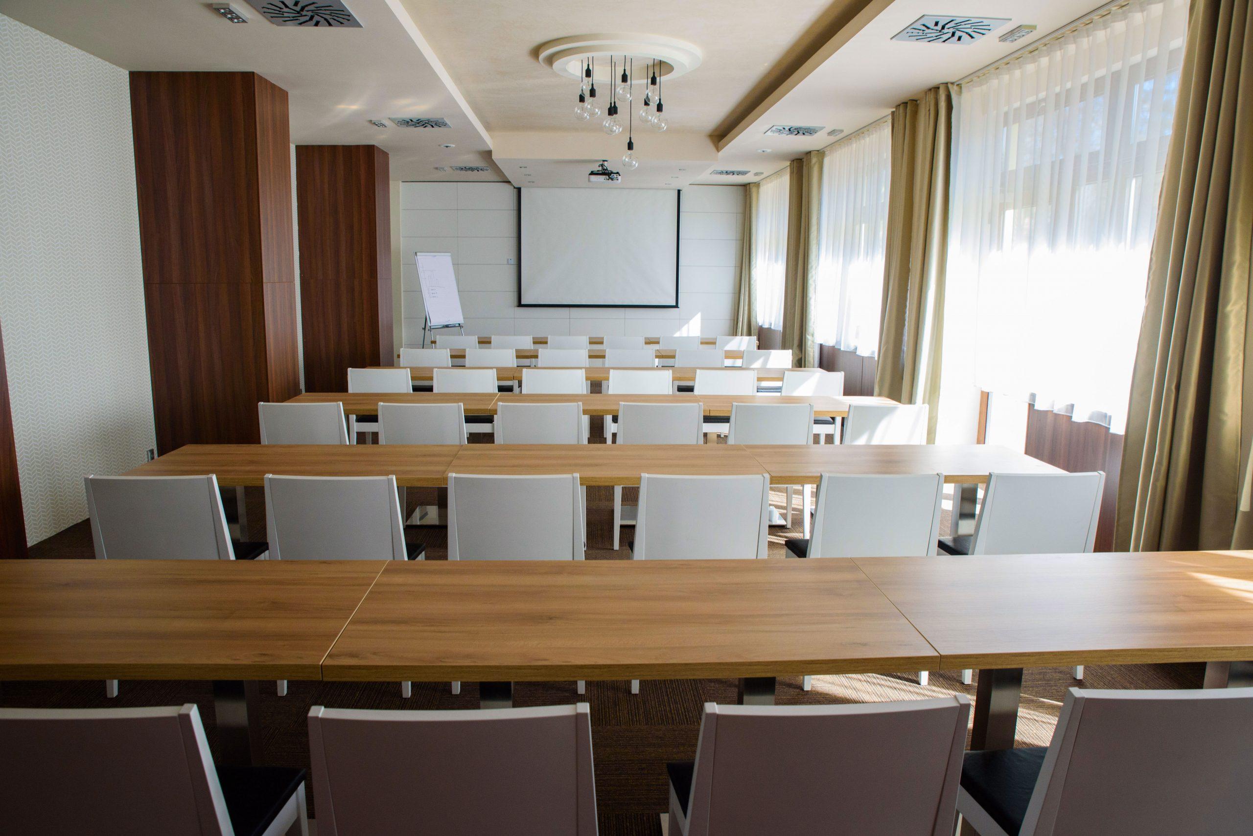 konferevcna_miestnosť